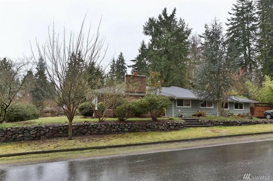 15857 35th Ave Ne, Lake Forest Park, WA - USA (photo 2)